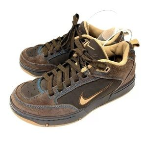 Nike Boys Youth Tennis Shoes Brown Suede Size 6Y